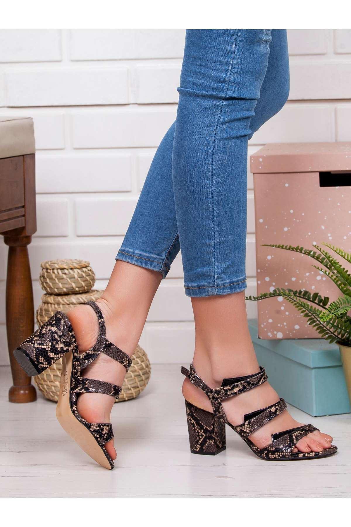 Alveres Yılan Topuklu Ayakkabı GRI