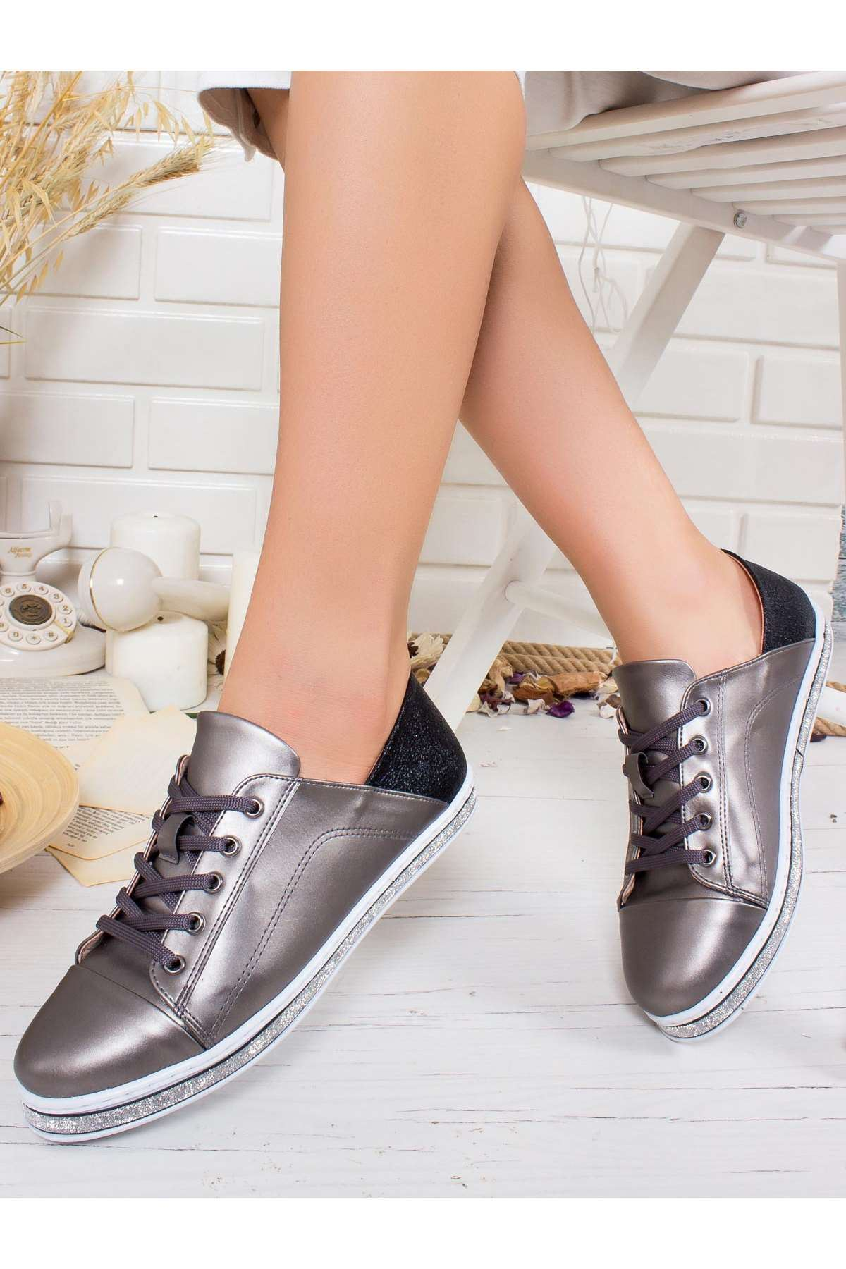 Tekia Spor Ayakkabı PLATİN