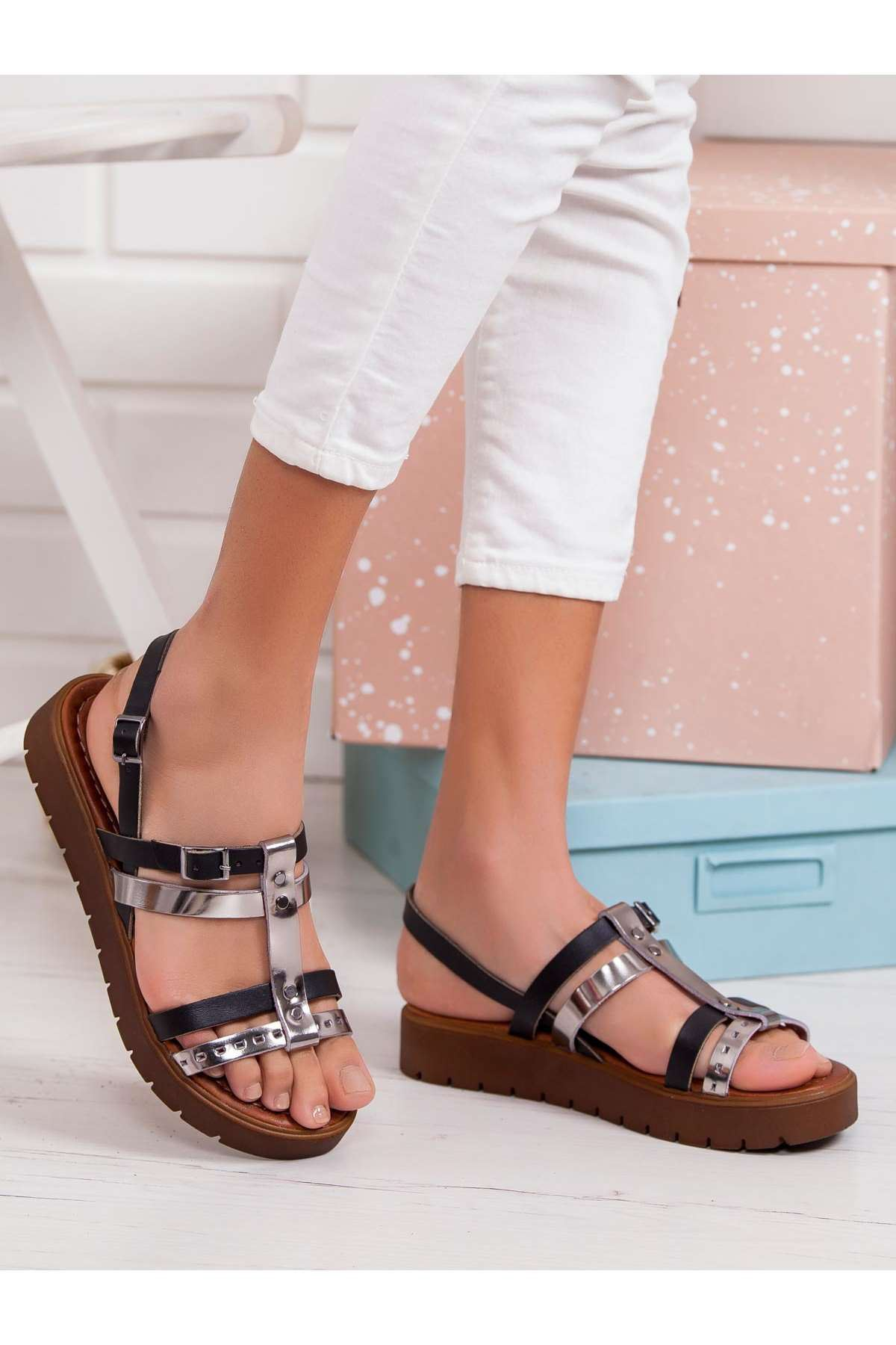 Tito Hakiki Deri Sandalet SİYAH-PLATİN