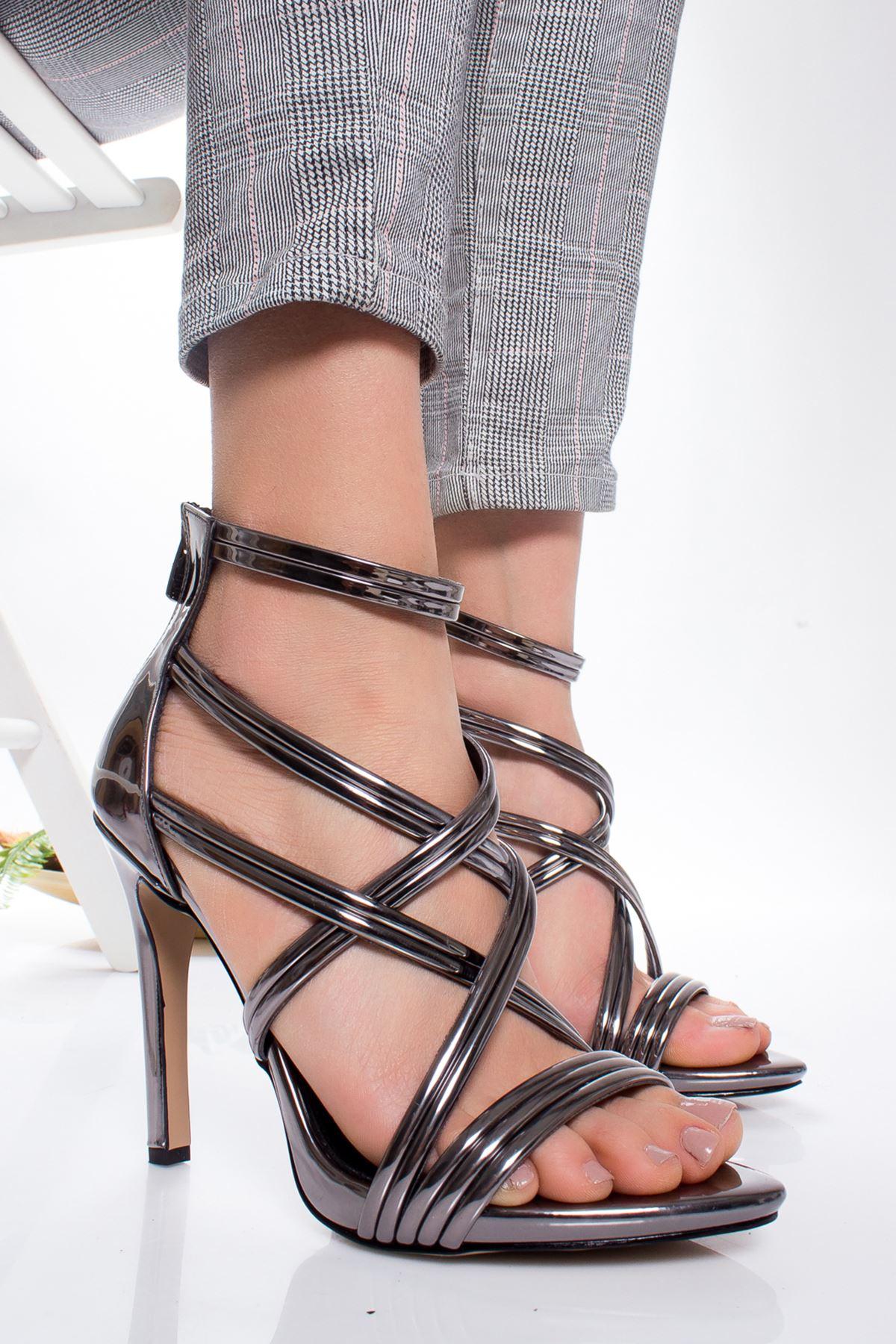 Erin Topuklu Ayakkabı PLATİN
