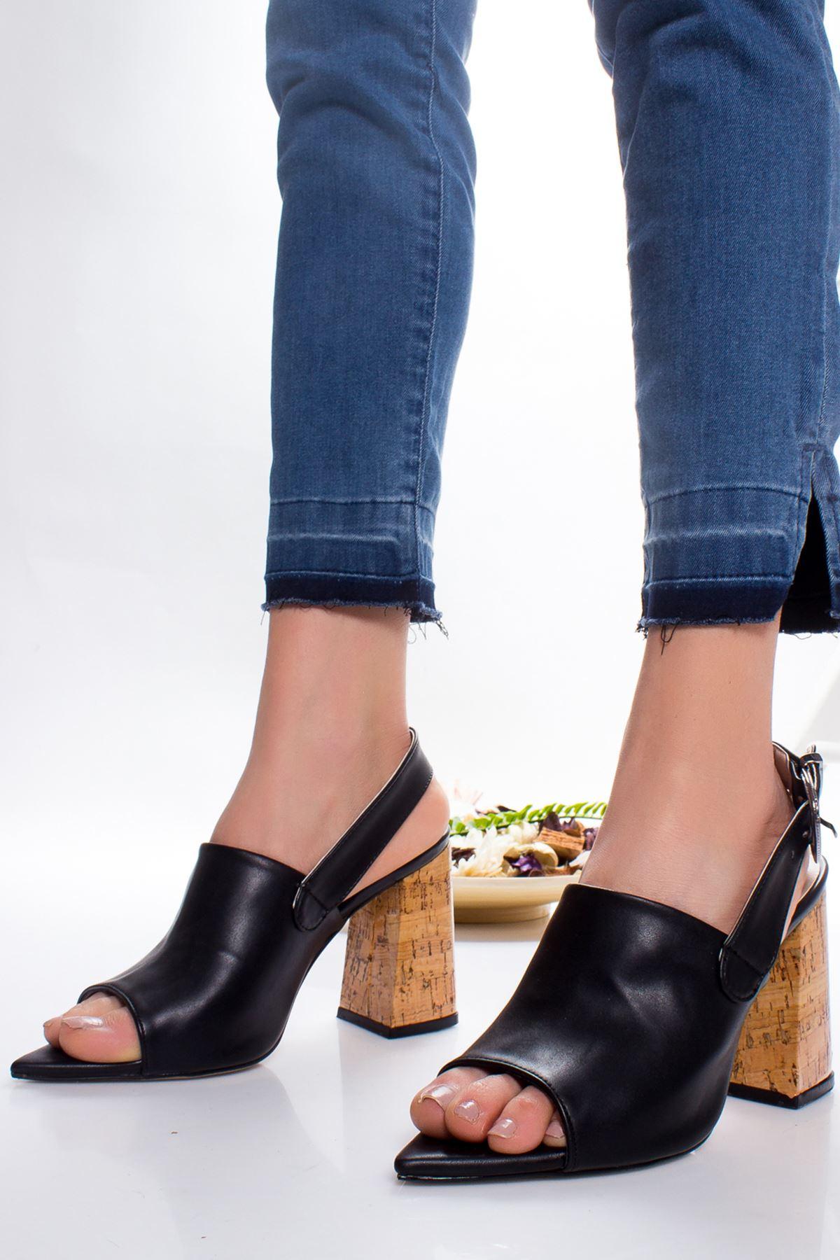 Gloria Topuklu Ayakkabı SIYAH