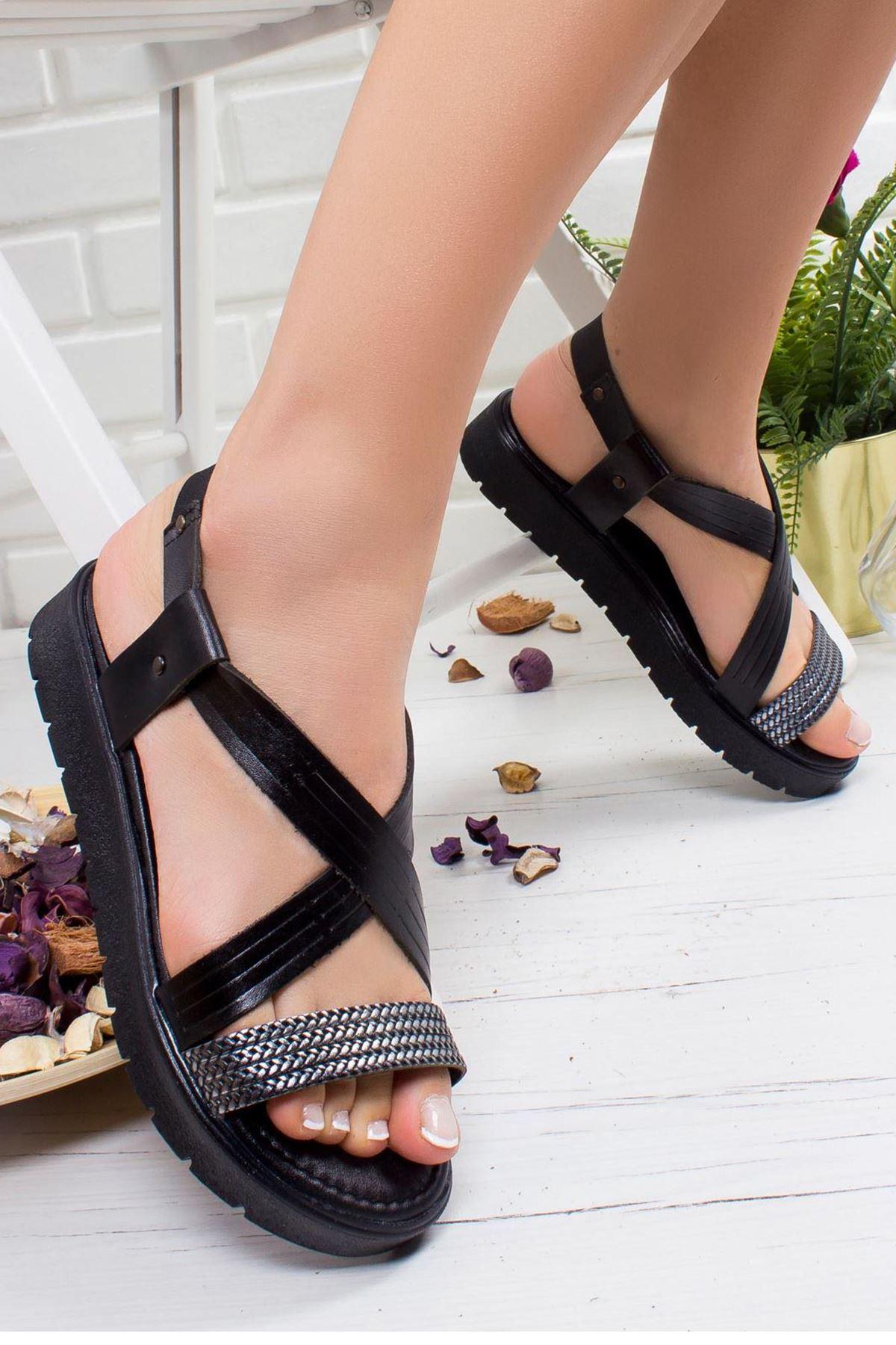 Karen Hakiki Deri Sandalet SIYAH