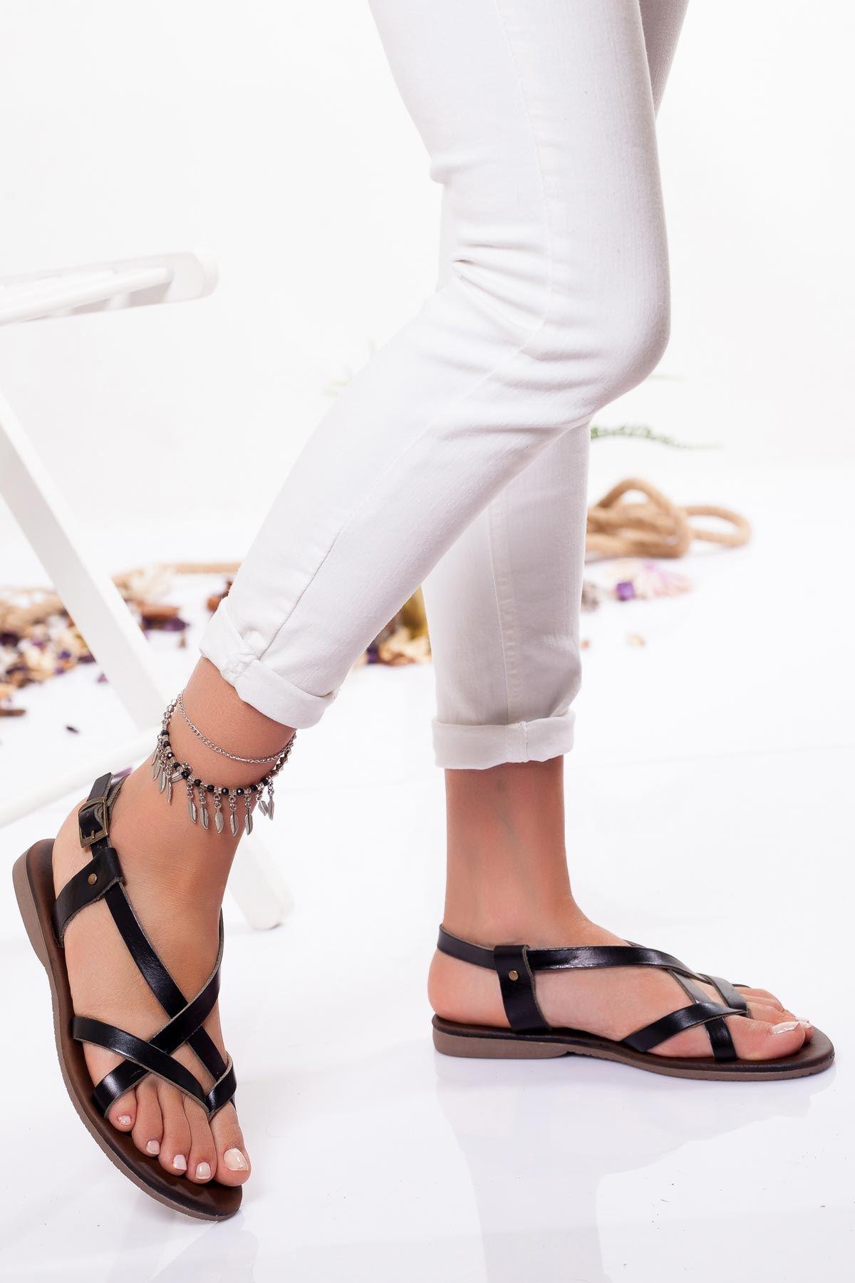 Amara Hakiki Deri Sandalet SIYAH