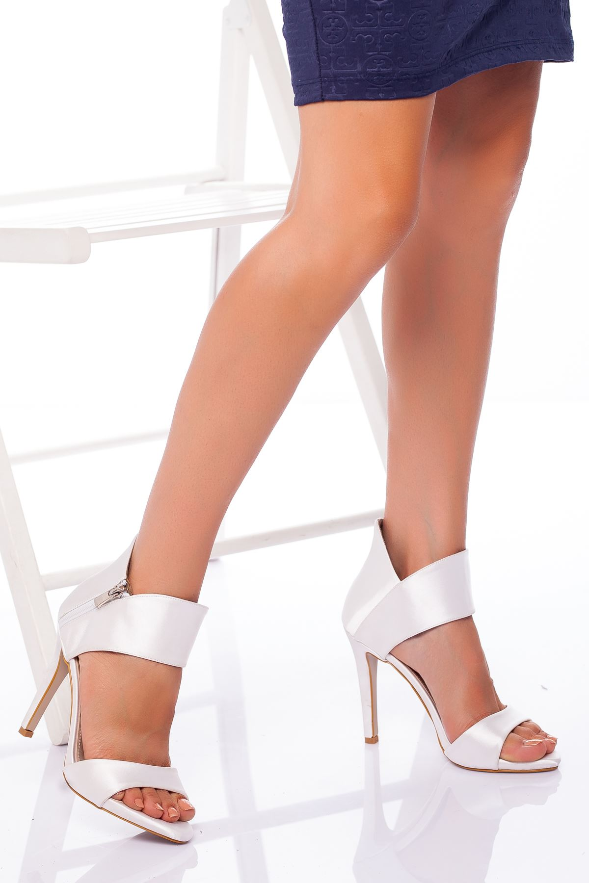 Frida Saten Topuklu Ayakkabı BEYAZ