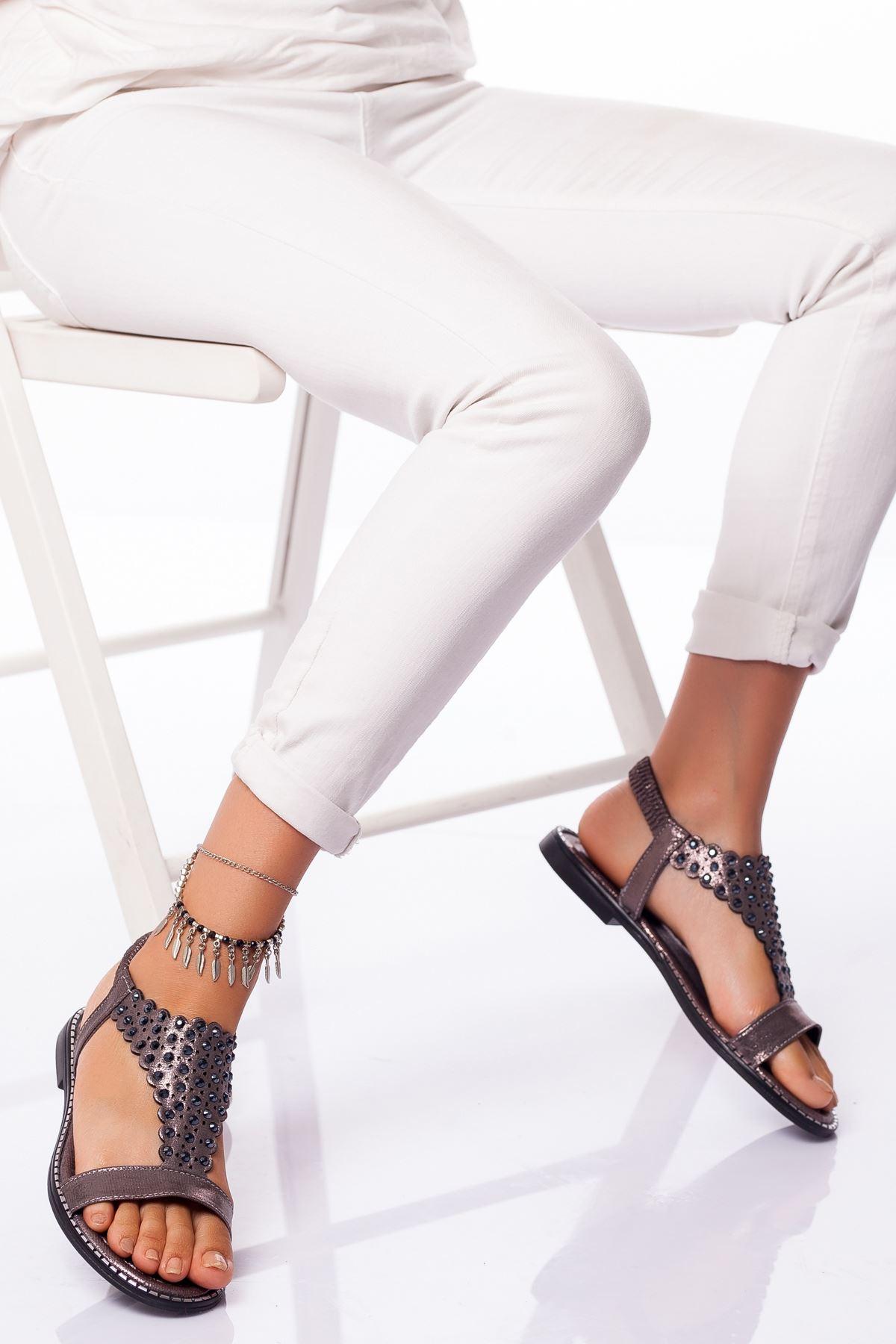 Çeşme Sandalet PLATİN