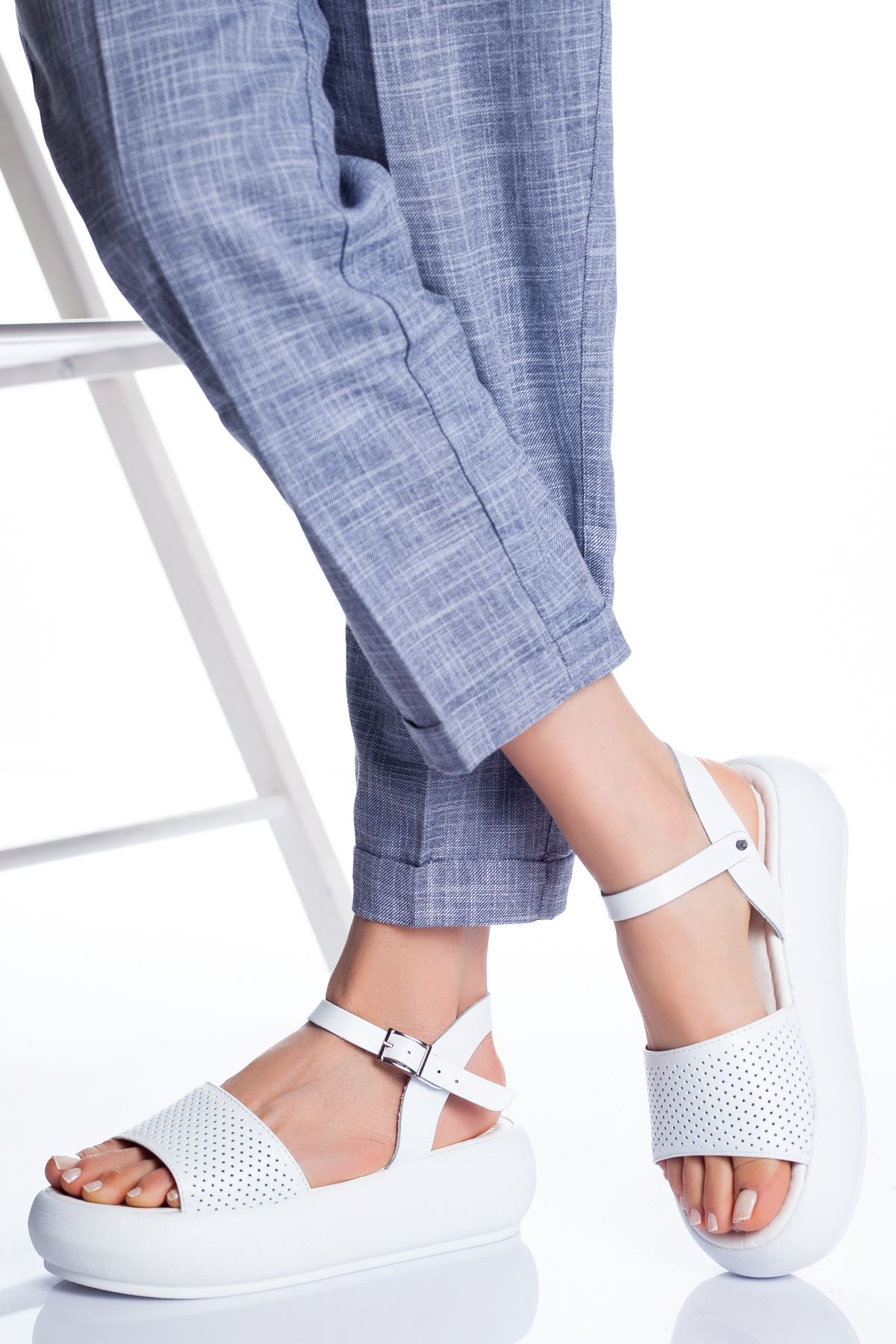 Loren Deri Sandalet BEYAZ
