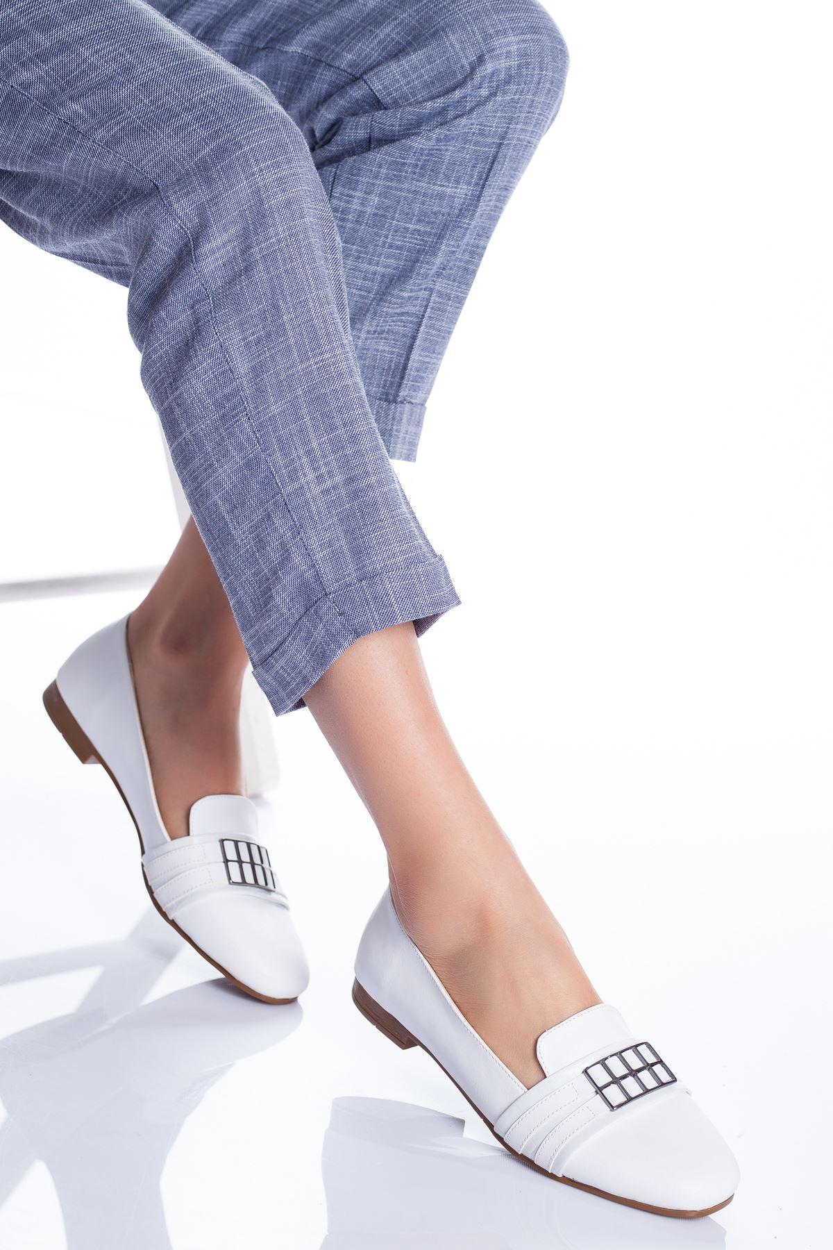 Galya Babet Ayakkabı BEYAZ