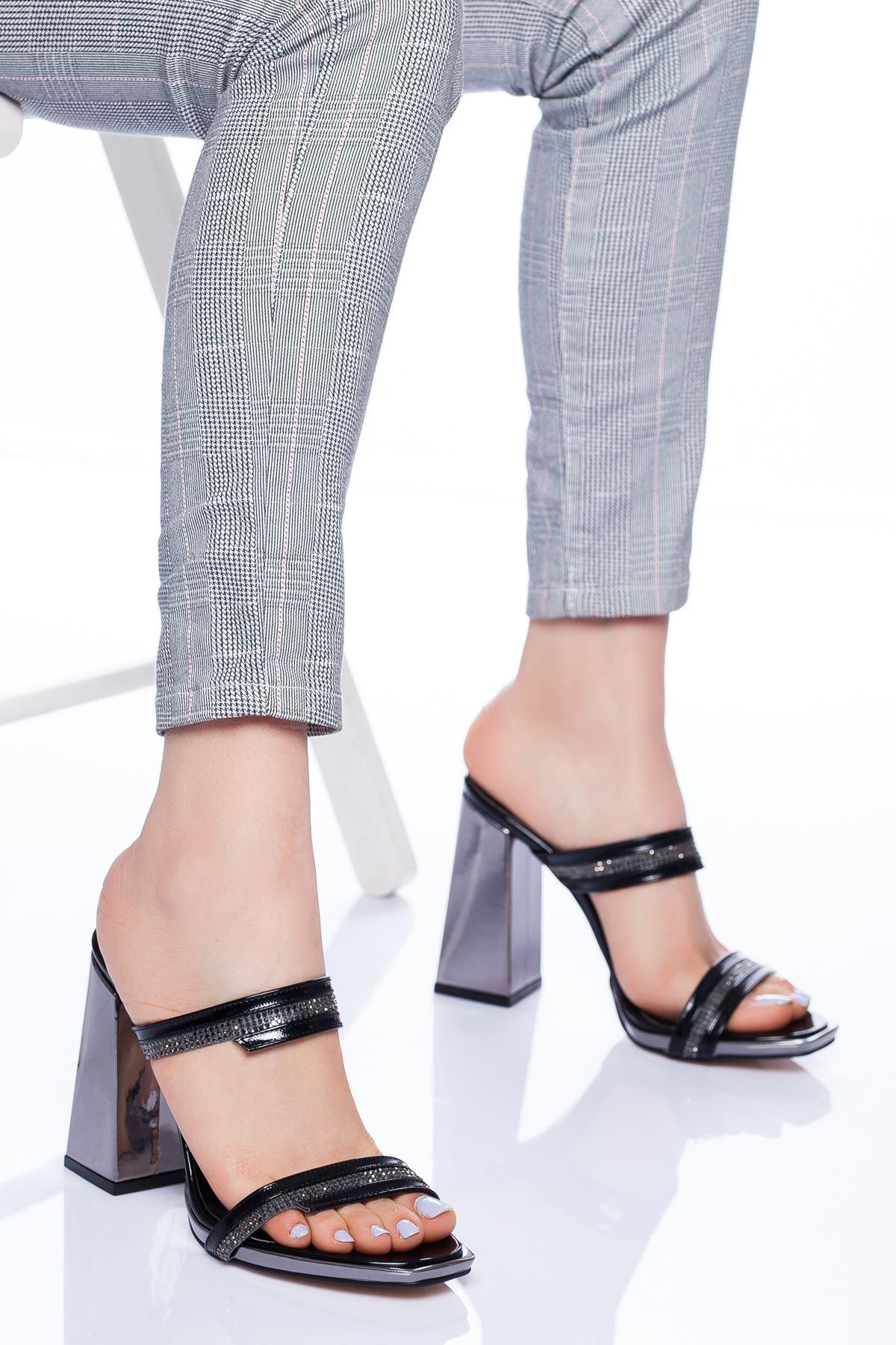 Ramsey Topuklu Ayakkabı SIYAH