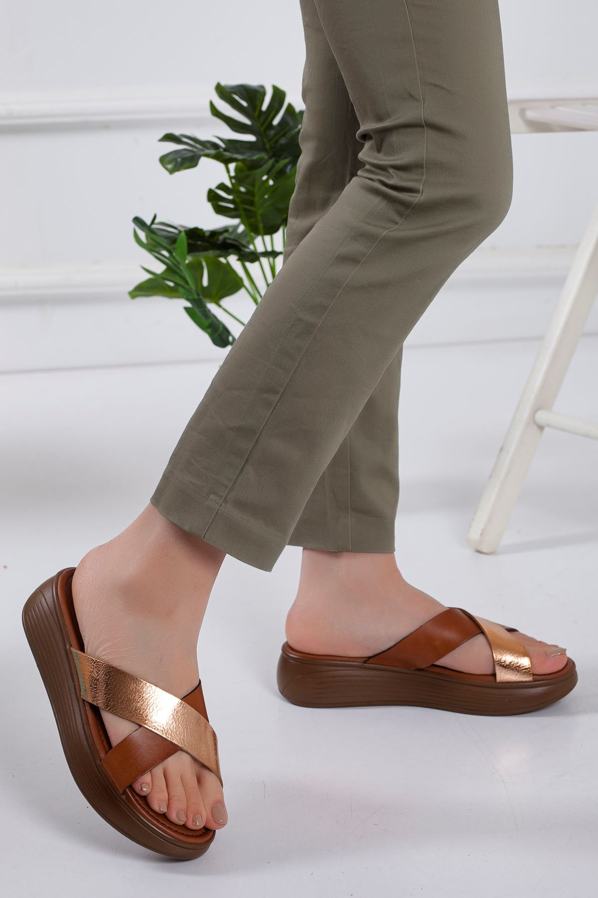 Gales Hakiki Deri Sandalet TABA